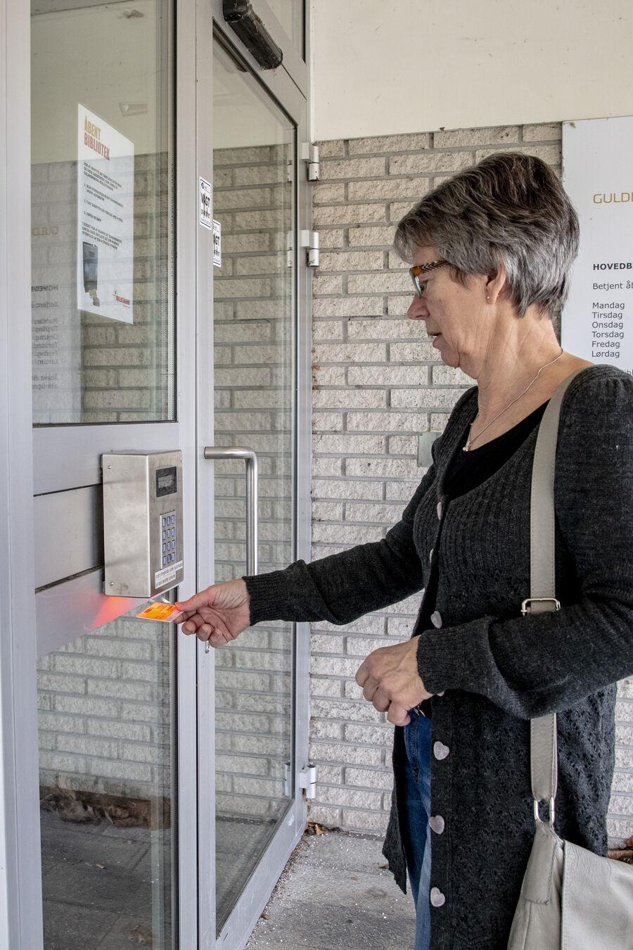 Mandag den 10. august åbner vi igen op for åbent bibliotek i hverdagene