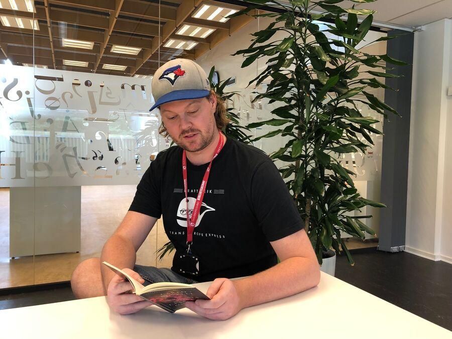 Anders er tovholder på bibliotekets nye faglitterære læseklub