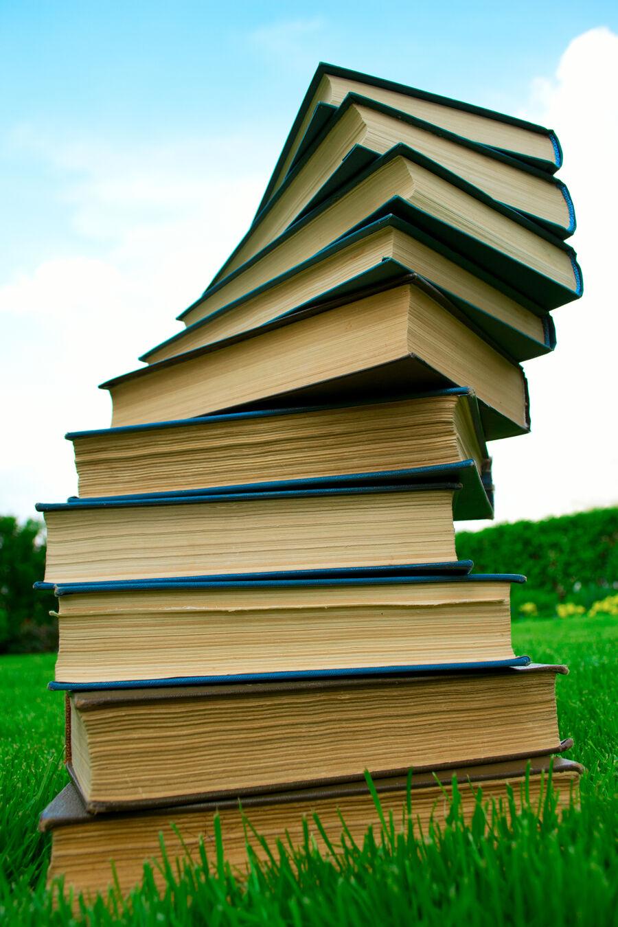 Har du lyst til at dele dine læseoplevelser med andre, er en af bibliotekets litteraturklubber sikkert noget for dig