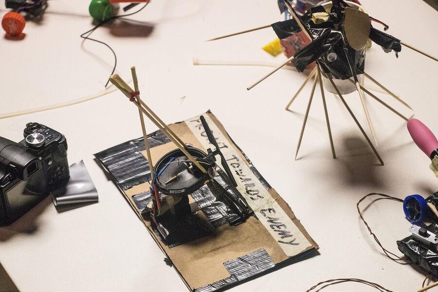 Hecobon - kom og leg med robotter