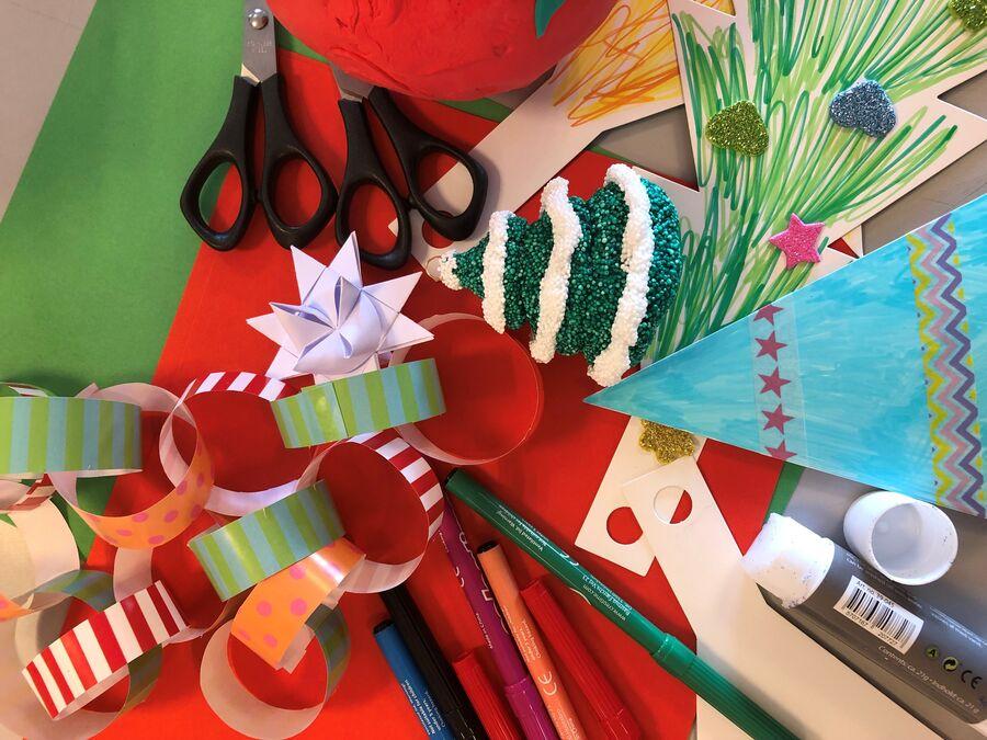 Slip kreativiteten løs i bibliotekets juleværksted