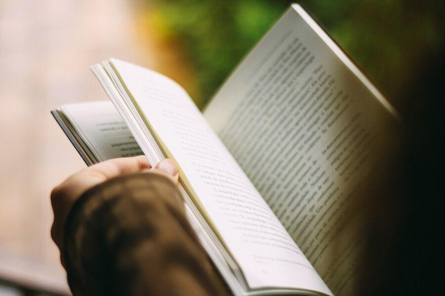 Åbnet bog