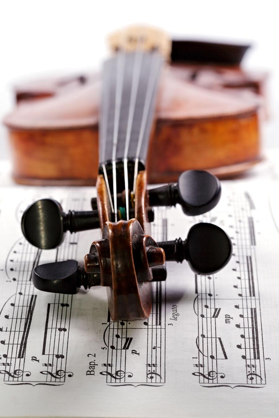 Nyd skøn klassisk musik og hør om kunstneren bag i DR Klub Klassisk